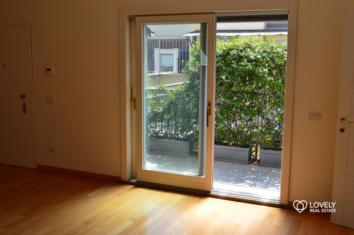 Appartamento Milano - SPLENDIDO APPARTAMENTO ULTIMO PIANO CON ...