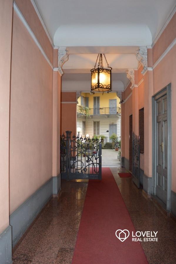 Affitto appartamento milano bilocale ristrutturato e for Bilocale arredato milano