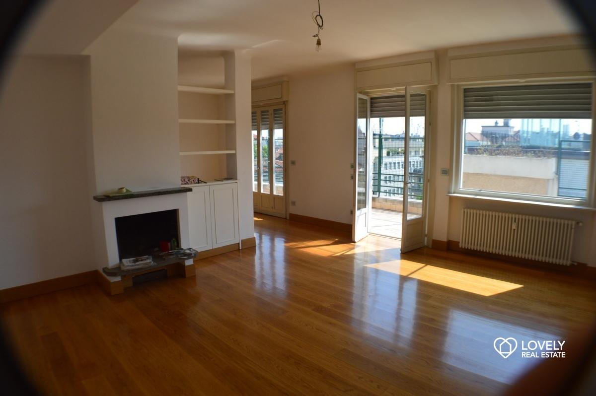 Arredamento moderno wenge for Appartamenti arredati in affitto milano