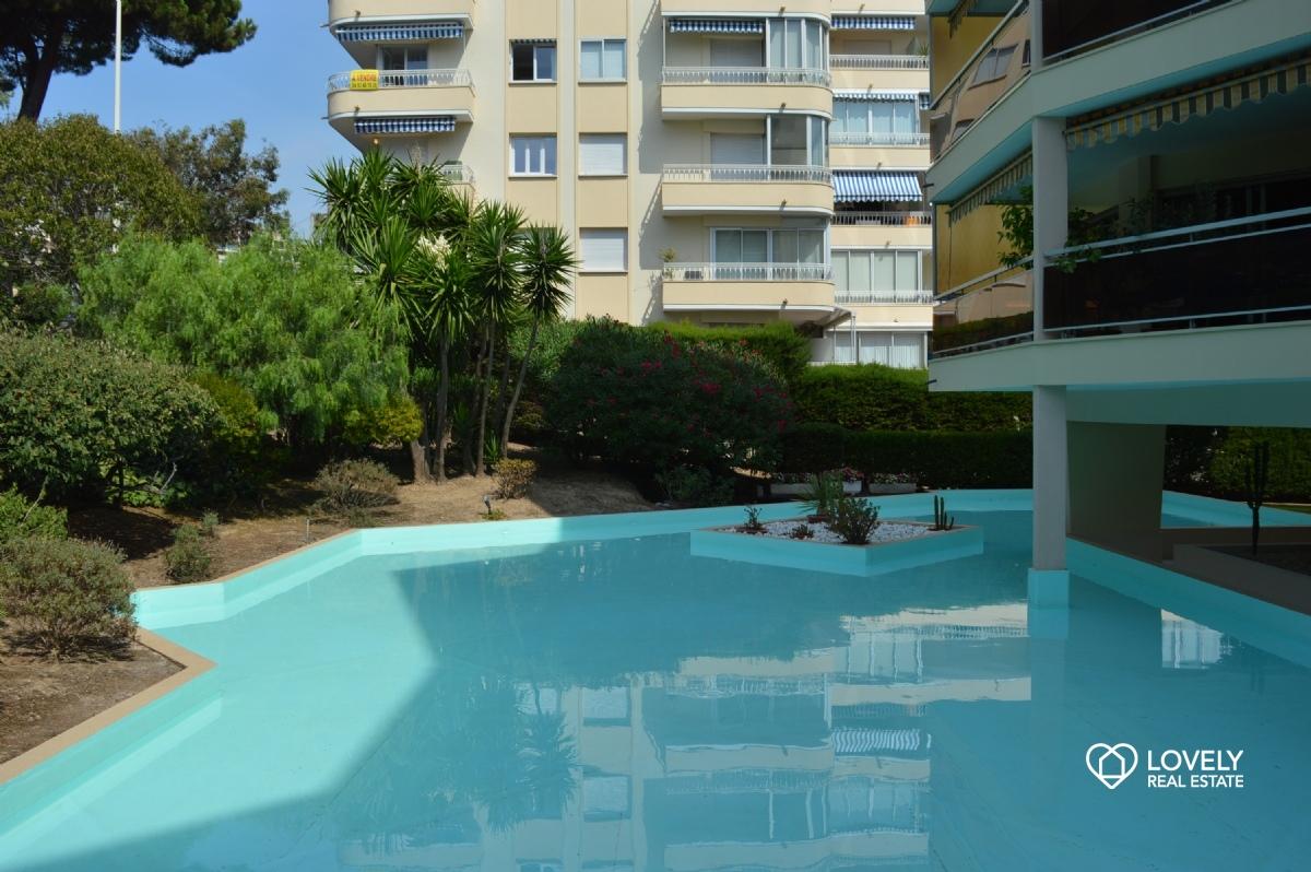 Vendita appartamento costa azzurra appartamento 50 metri for Appartamento 50