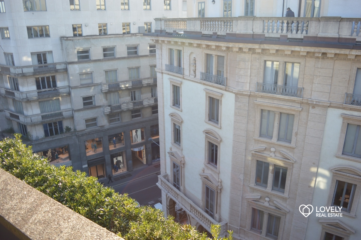 Short Rent Apartment Milano   IN THE HEART OF THE CITY CENTRE, FLAT LAST  FLOOR WITH TERRACE ...
