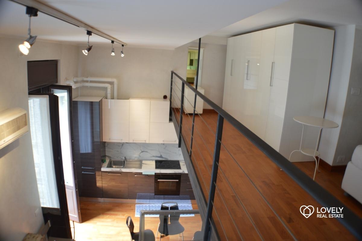 Affitto appartamento milano splendido loft in palazzo for Affitto appartamento arredato milano