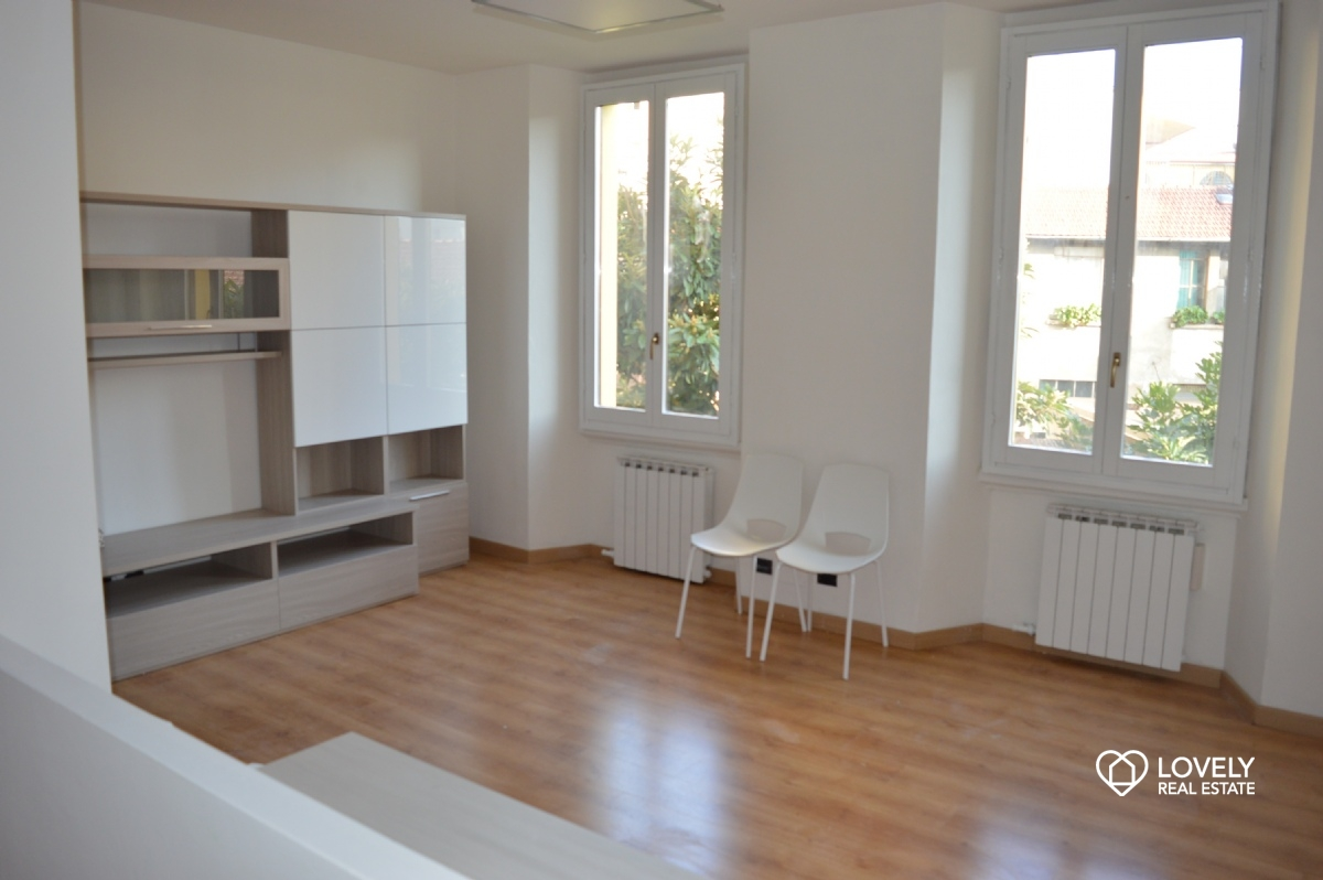 Affitto appartamento milano trilocale ristrutturato e for Appartamento design affitto milano
