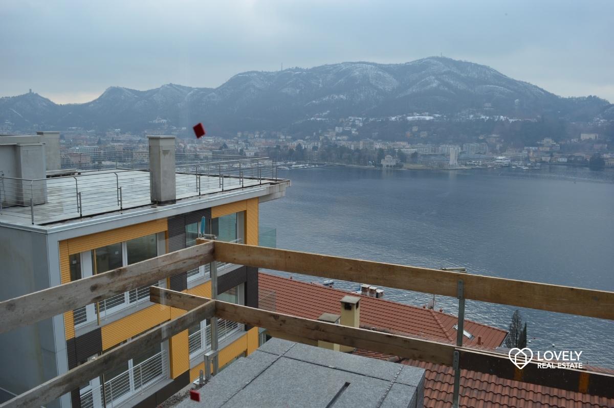 Vendita villa como splendida villetta indipendente vista for Planimetrie vista lago