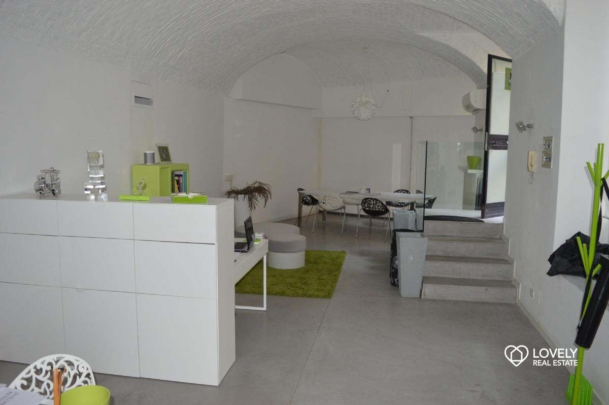 Ufficio Open Space Milano Affitto : Affitto ufficio milano ufficio showroom con ingresso